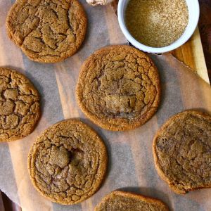 Soft & Chewy Gingersnap Cookies