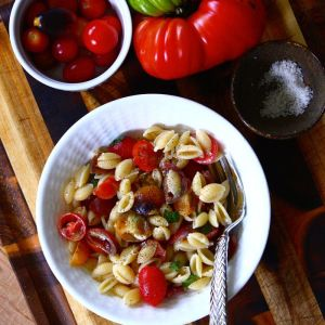 No-Cook Tomato & Brie Pasta Sauce with Sweet Basil