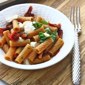 Rigatoni with Sundried Tomatoes, Pancetta, Fresh Mozzarella and Basil