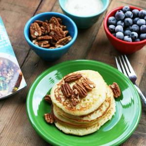 Guest Post: Fluffy Yeast-Raised Pancakes