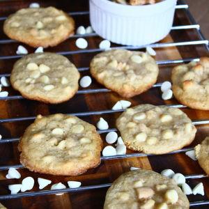 White Chocolate & Salted Cashew Cookies