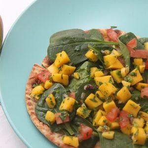 Spinach-Mango Salad Pizzettes
